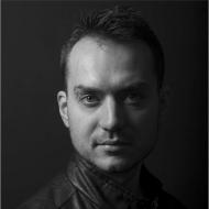 Антон Николов